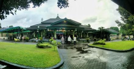 Situs Masjid Patok Negoro Wonokromo
