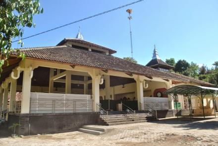 Masjid Kagungan Dalem di Dusun Jejeran