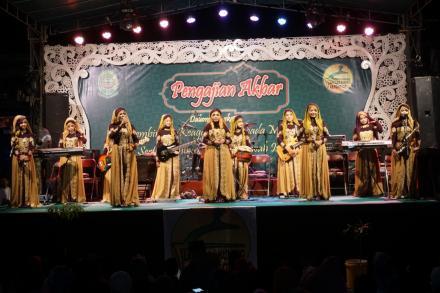 Pengajian Akbar Pembinaan Keagamaan di Langgar Kuning