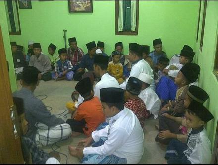 Majlis Sholawat Albarjanji Putra Jejeran 1